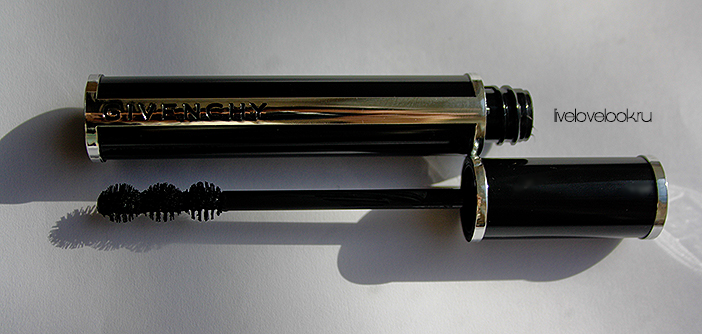 Тушь для ресниц 4 в 1 Givenchy Noir Couture 4 in 1 Mascara